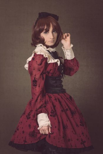 Eira Rose wearing a victorian era dress